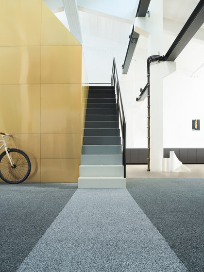 Gracce 1103 Quarz von OBJECT CARPET