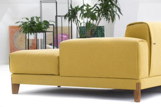 Fjord Sofa by Extraform