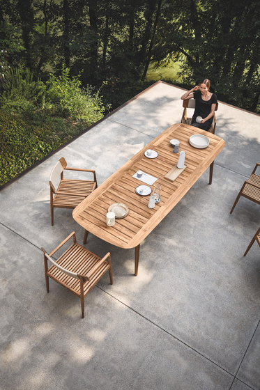 Clipper Dining Table de Gloster Furniture GmbH