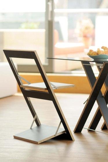 Fläpps Folding Chair | White de Ambivalenz