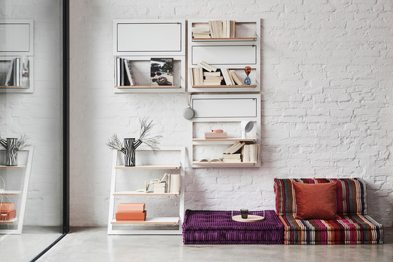 Fläpps Shelf 80x80-3 | White by Ambivalenz