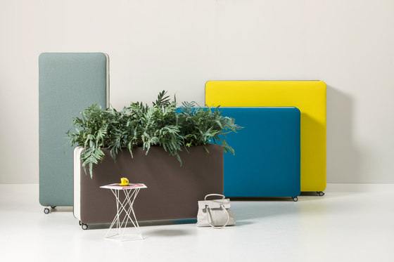 Pillow Space planter by Cascando