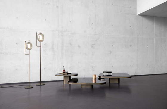 Bow Coffee Table No. 5 di ClassiCon