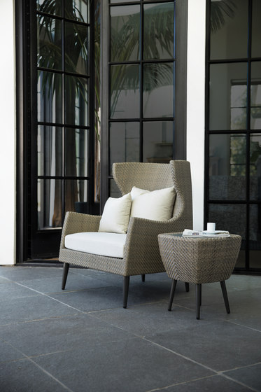 KATACHI LOW BACK LOUNGE CHAIR di JANUS et Cie