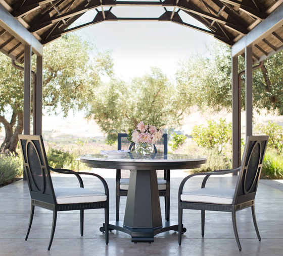 SAVANNAH COUNTER STOOL by JANUS et Cie