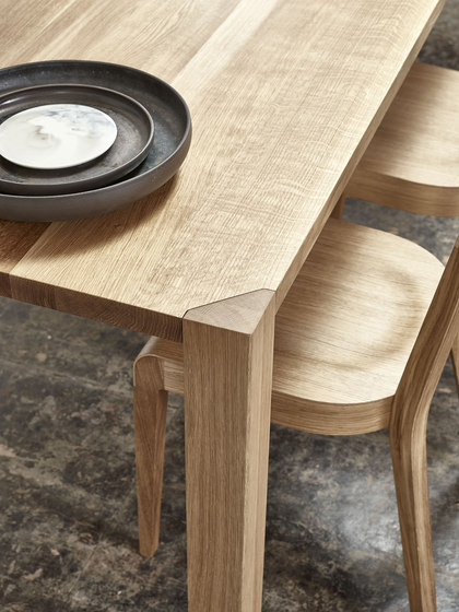 Ink table by TON