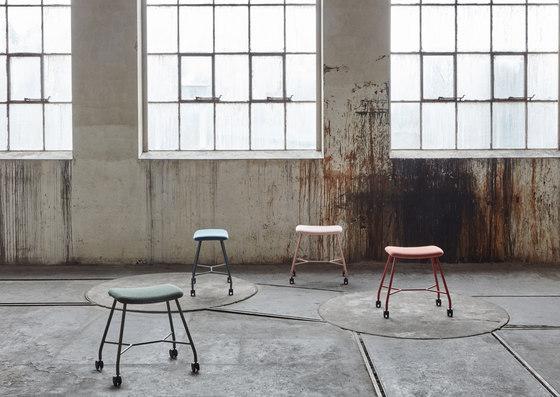 Motus stool de Materia