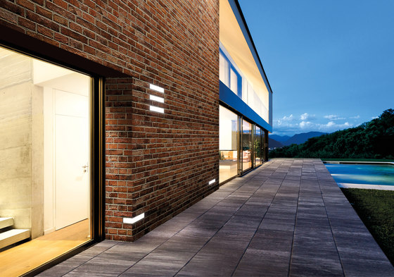 Brick Light Incasso di Simes
