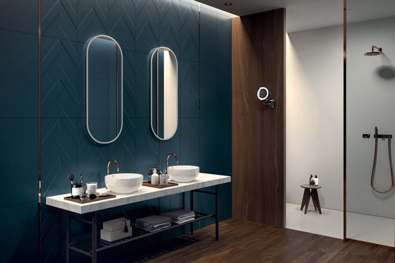 4D | Diamond White Dek by Marca Corona