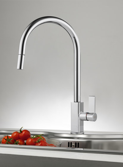 Maris Tap Pull Down J Version Chrome de Franke Kitchen Systems