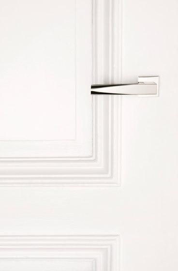 Euclide Door Pull by Vervloet