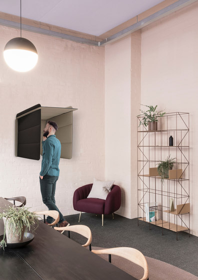 ECObooth | Acoustic panel for desks by Slalom