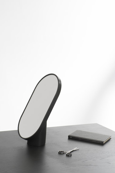 Woodturn Mirror Black by tre product