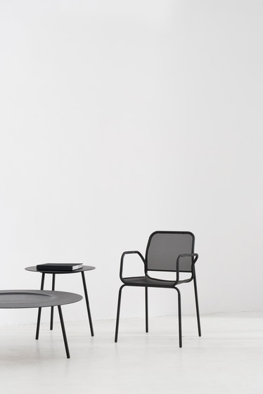 Nasz Chair Black by tre product