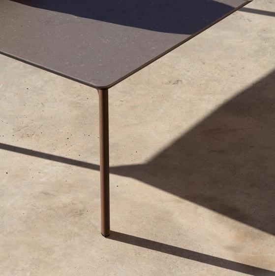 Bare Square coffee table di Expormim