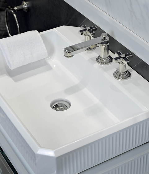 Grand Central | Rim mounted 3-hole basin mixer by THG Paris