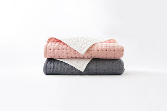 Blanket | L by Moheim