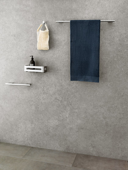 Nia Towel rail by Bodenschatz