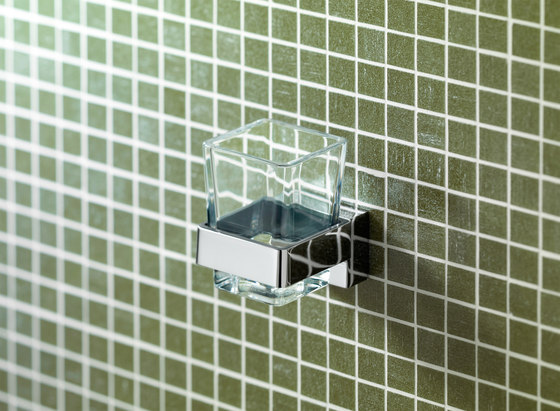 Simara Soap dispenser by Bodenschatz