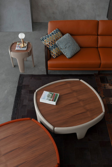 4232 coffee tables by Tecni Nova