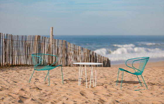Sitges Table by iSimar
