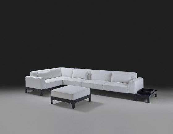 Pullman sofa by Promemoria