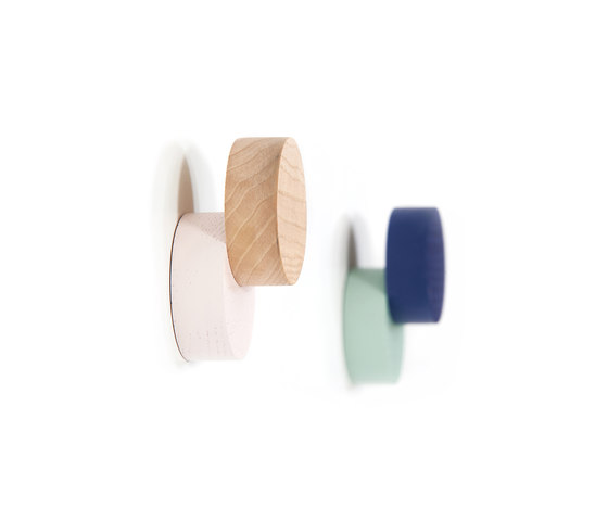 Coat hook Lou, navy blue and pastel green by Hartô