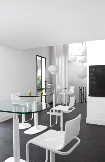 Piazza | Table Black Lacquered Base Top In Black Fenix Laminate by Ligne Roset