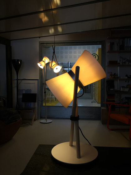 Diabolo table, lamp by Lonc