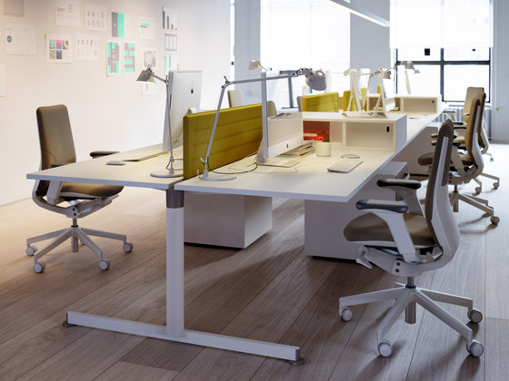 NOS Operative Desking System by Guialmi