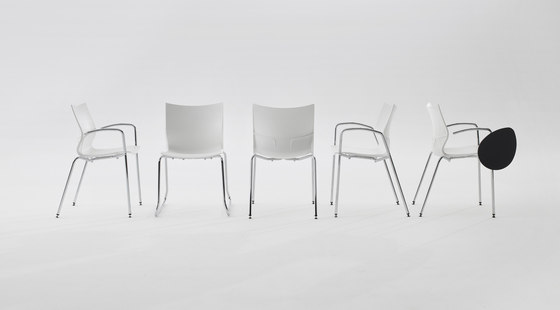 Nina Contract Chair by Guialmi