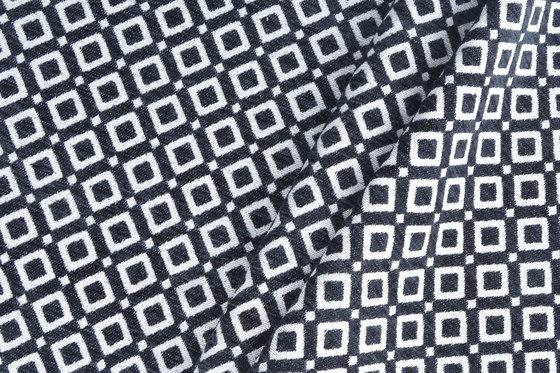Vidal | Colour Black 32 di DEKOMA