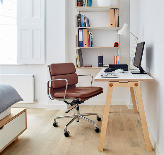 Emmi Table by Morfus