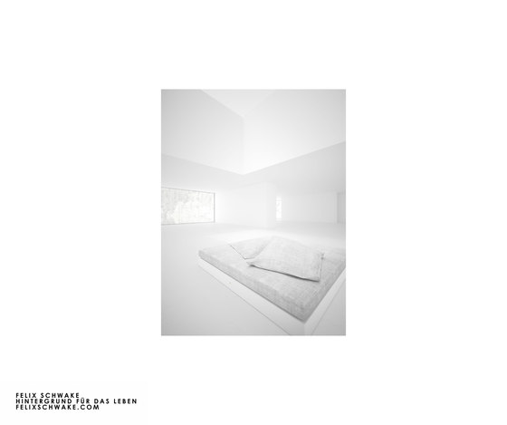 BED IV special edition - Piano lacquer white by Rechteck