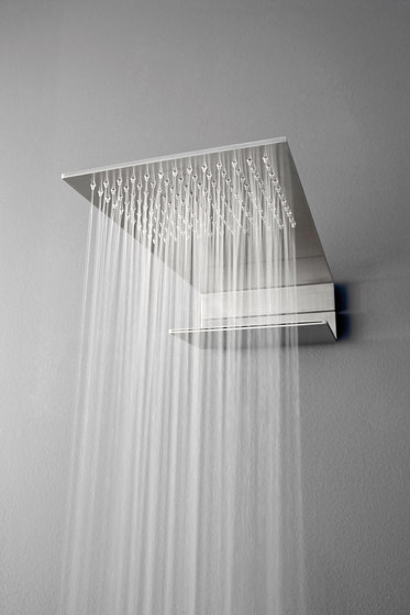 Emotion 5 mm towel rail 600 mm by CONTI+