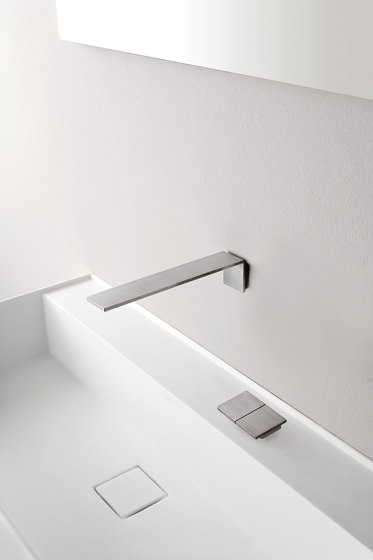 Emotion 5 mm two-lever basin mixer flush-mounted 192 by CONTI+