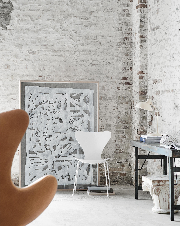 SERIE 7™ MODELL 3107 Multipurpose chairs from Fritz Hansen
