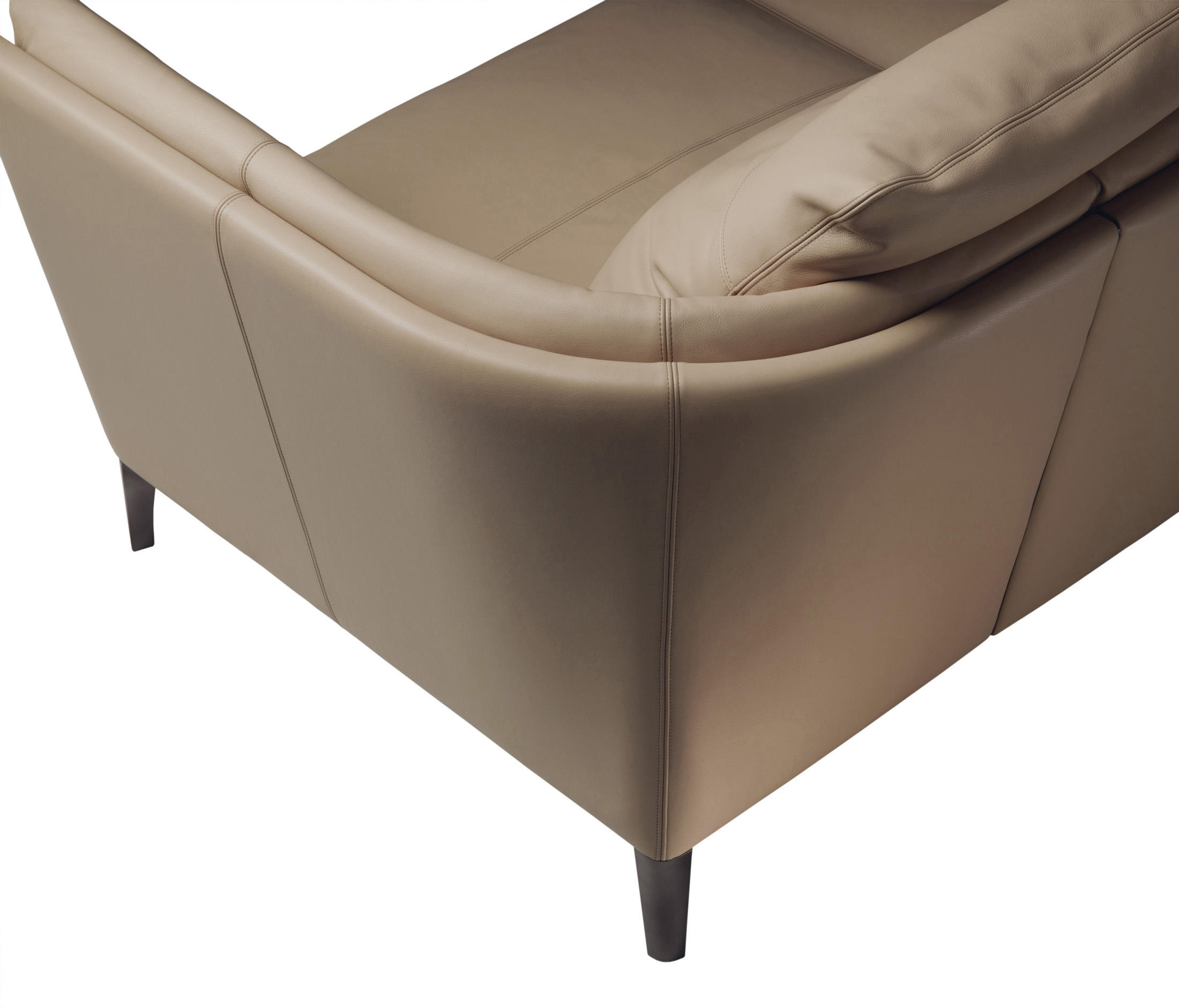 Bretagne Bed Beds From Poltrona Frau Architonic