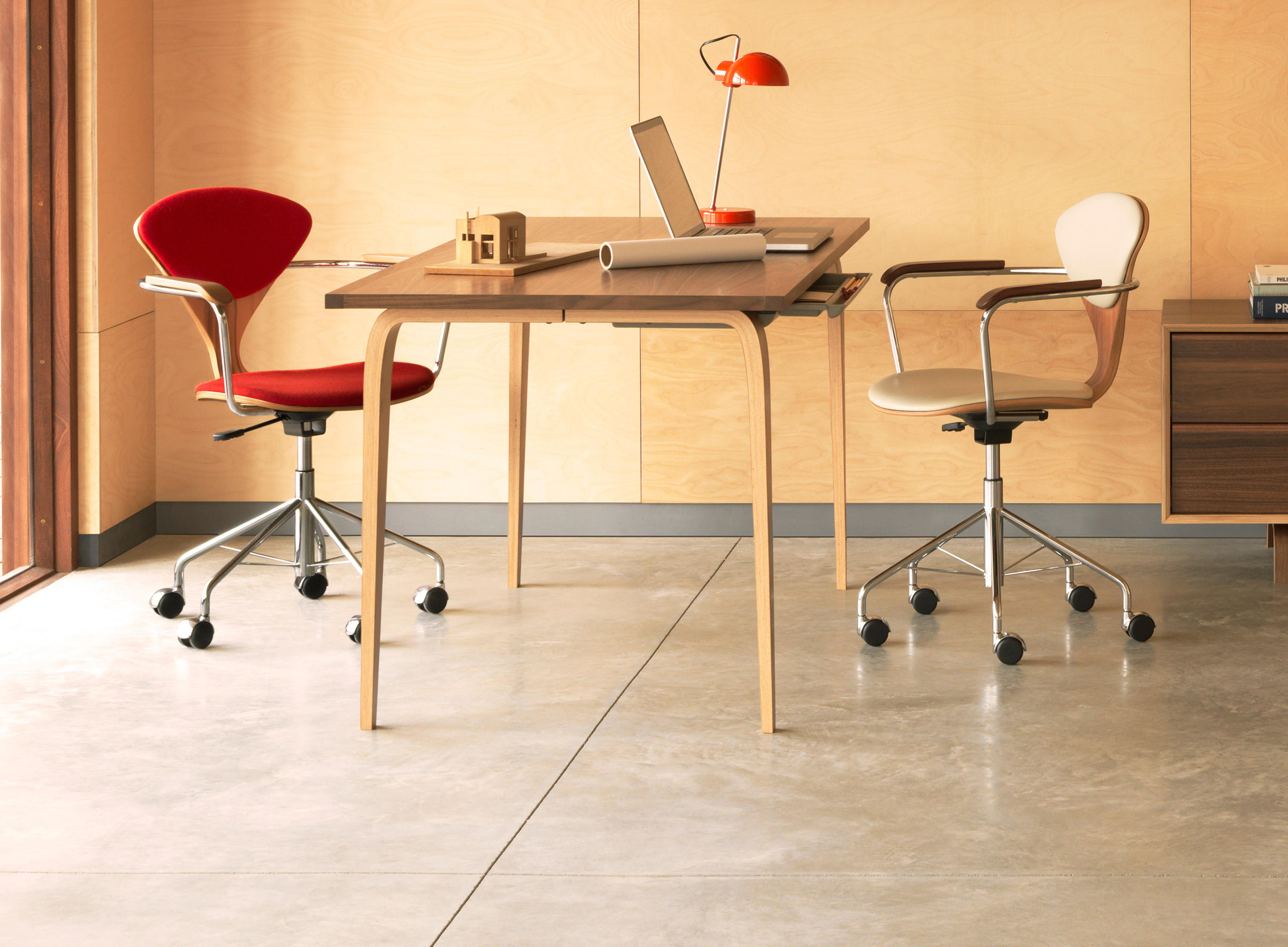CHERNER TASK CHAIR Task chairs from Cherner