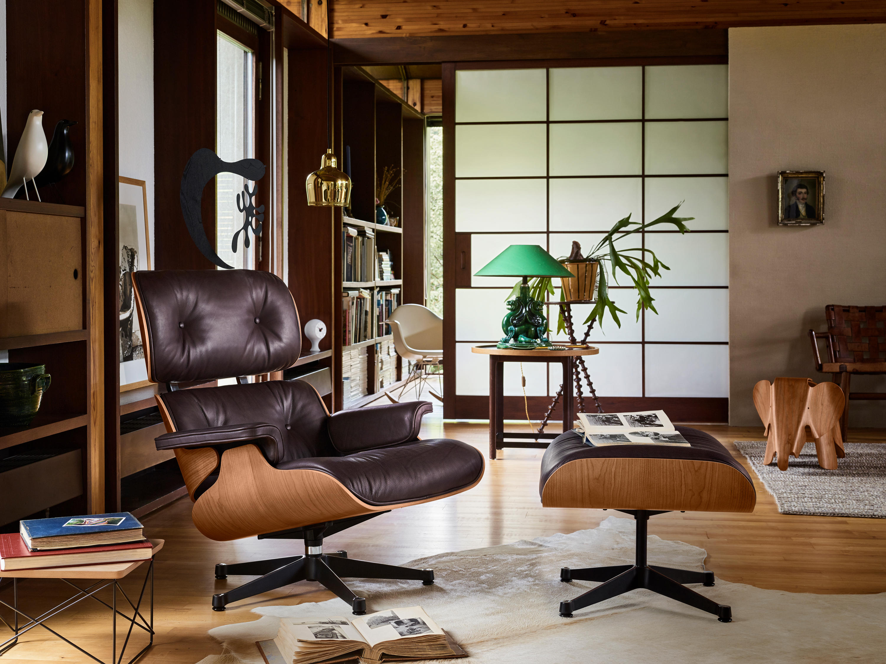 Eames Lounge Chair Living Room lounge chair - armchairs from vitra   architonic