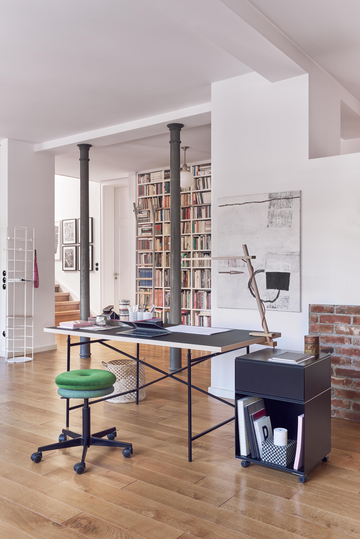 eiermann 1 basalt grey individual desks from richard lampert architonic. Black Bedroom Furniture Sets. Home Design Ideas