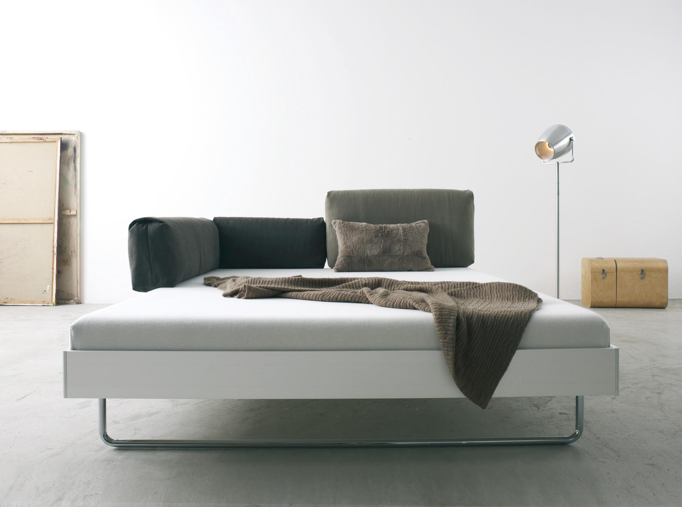 nova bett doppelbetten von more architonic. Black Bedroom Furniture Sets. Home Design Ideas