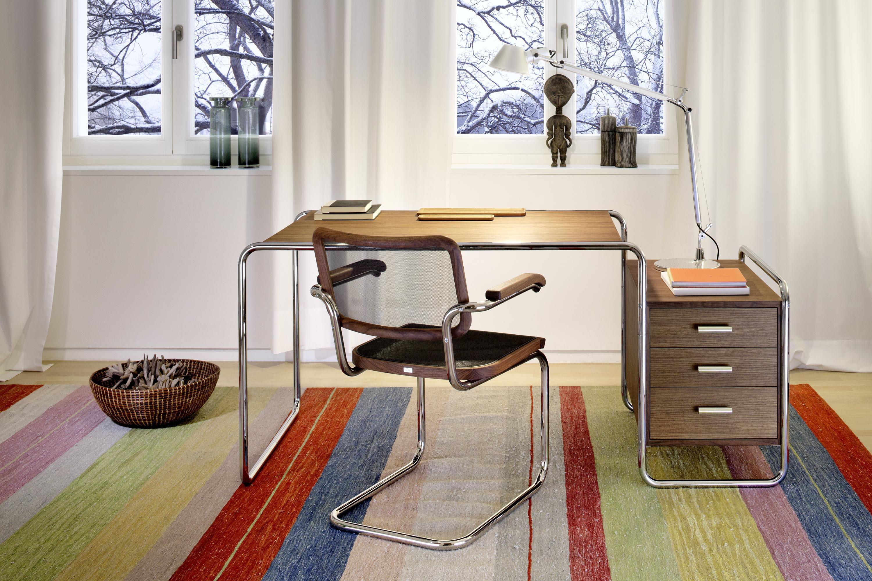 s 285 einzeltische von thonet architonic. Black Bedroom Furniture Sets. Home Design Ideas