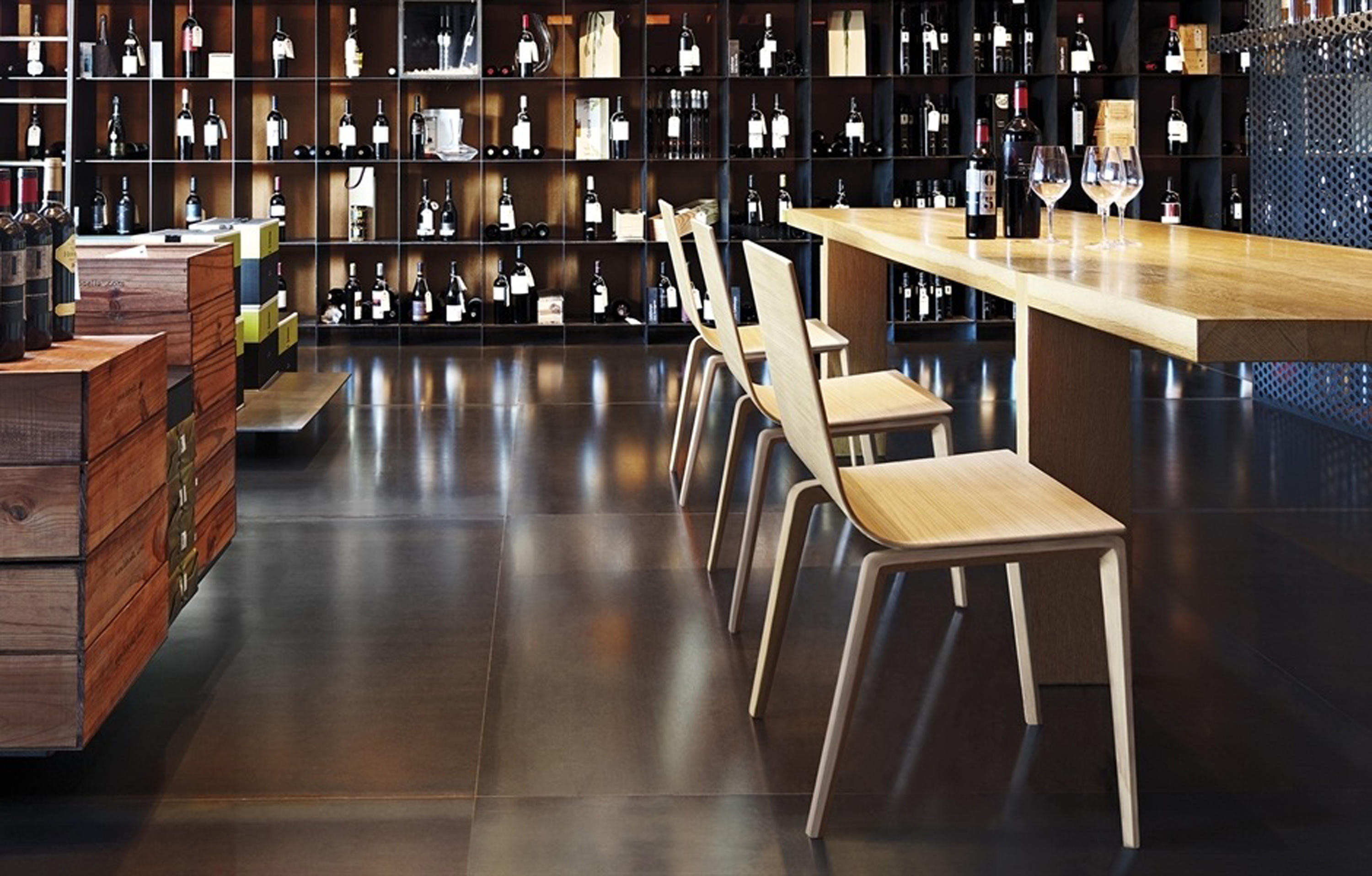 Lineal Bq 0590 Bar Stools From Andreu World Architonic