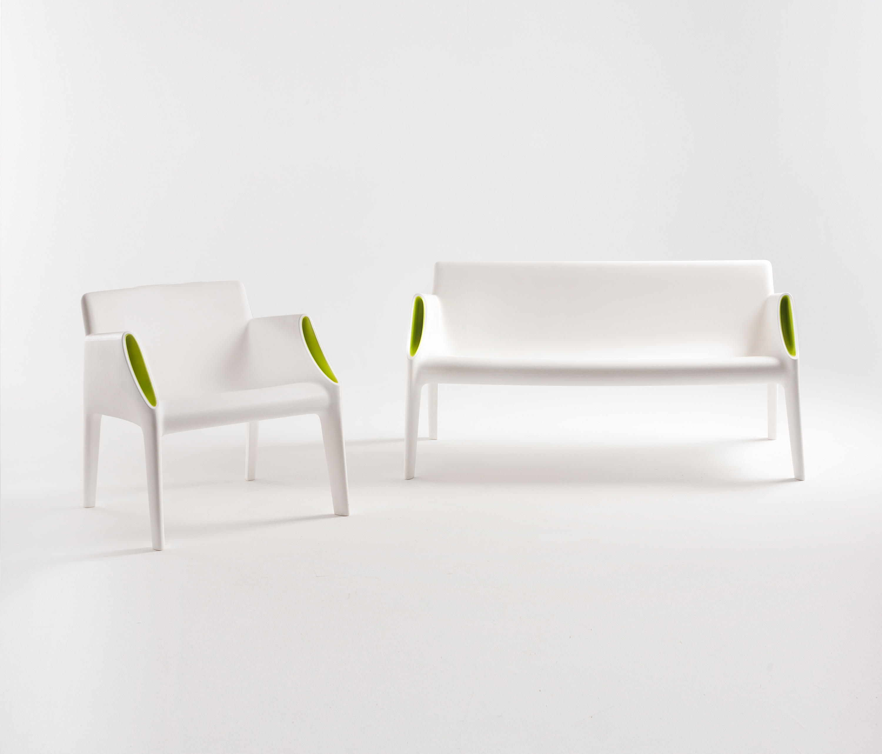 MAGIC HOLE - Waiting area benches from Kartell  Architonic
