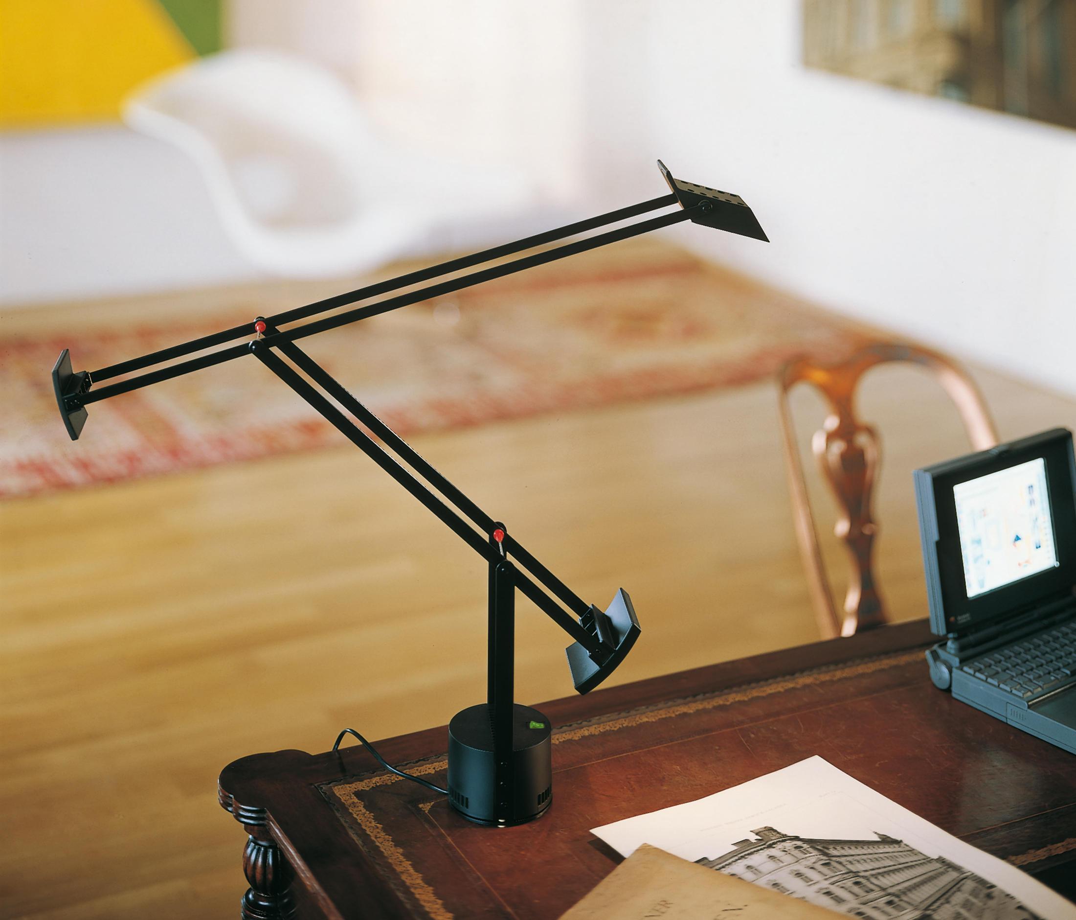 Lampade Da Tavolo Di Lavoro : Tizio lampade da tavolo postazione di lavoro