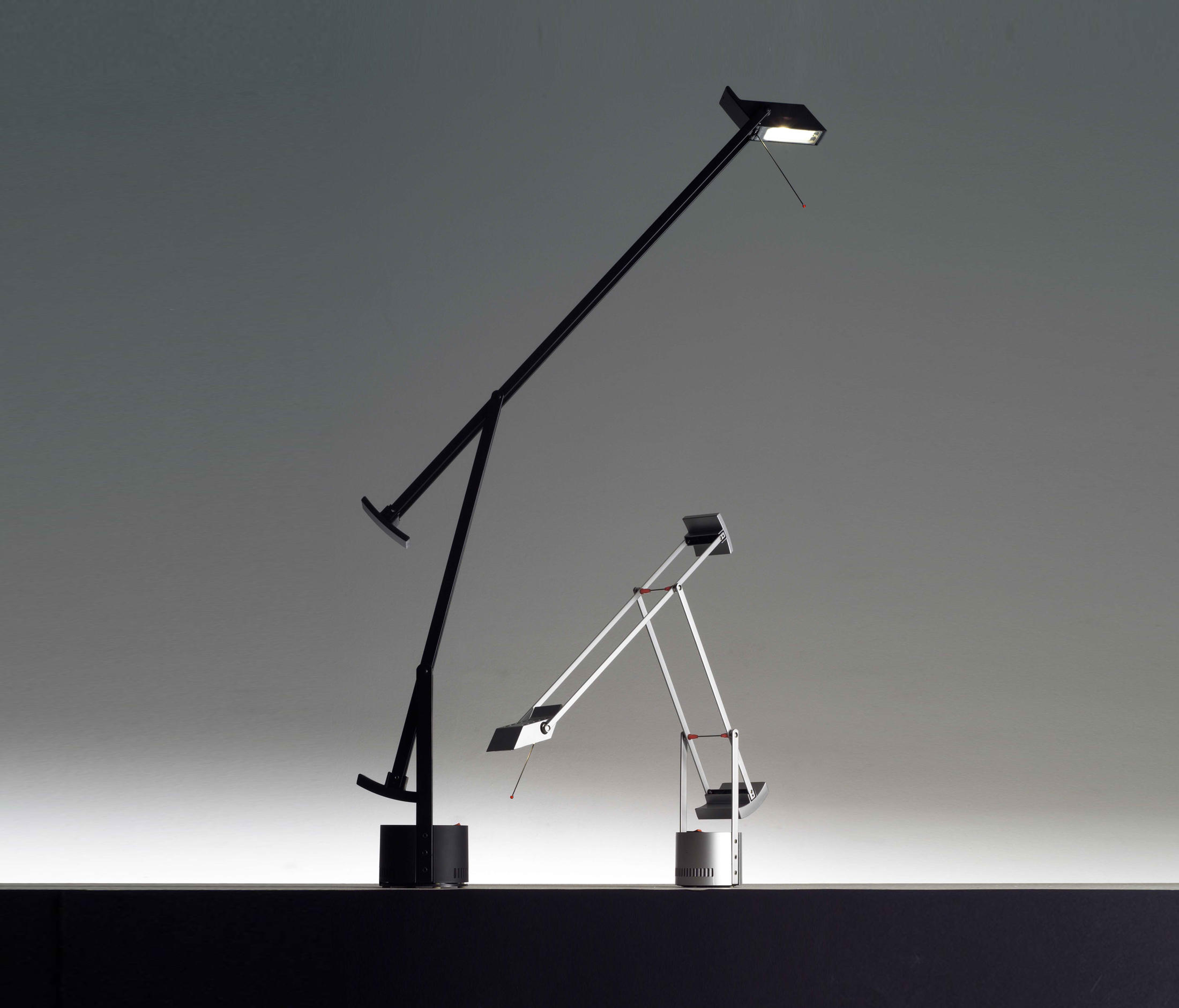 Tizio lampade da tavolo lampade postazione di lavoro - Lampade da tavolo artemide ...