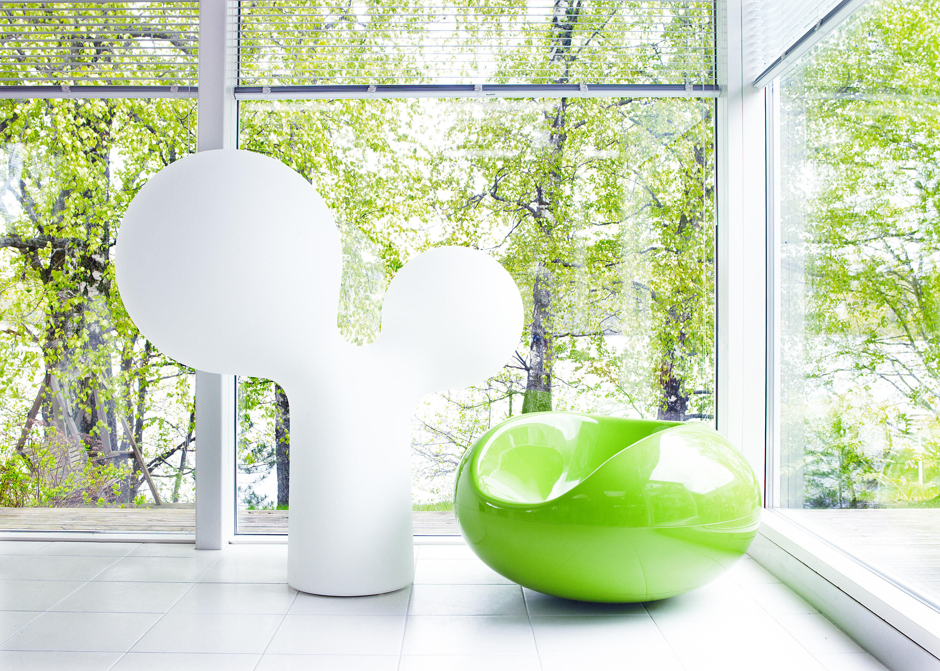 Double bubble table lamp general lighting from studio eero double bubble table lamp by studio eero aarnio geotapseo Image collections