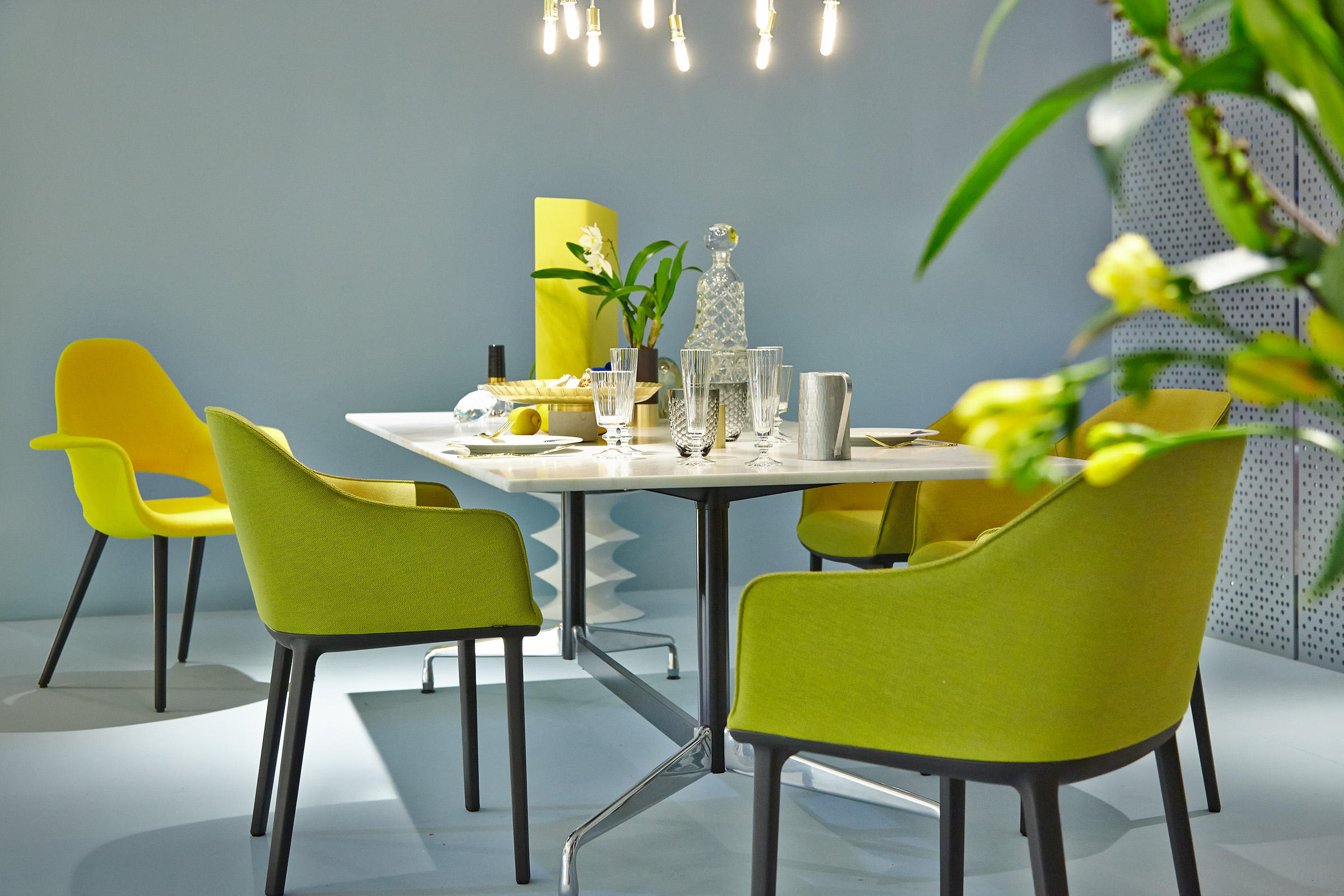 ORGANIC CHAIR - Visitors chairs / Side chairs from Vitra | Architonic