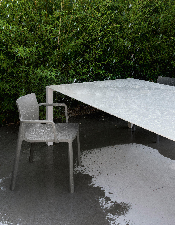 sushi outdoor tisch esstische von kristalia architonic. Black Bedroom Furniture Sets. Home Design Ideas